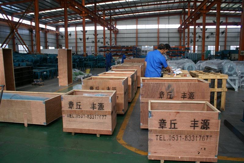 丰源机械三叶罗茨风机准备装箱发货