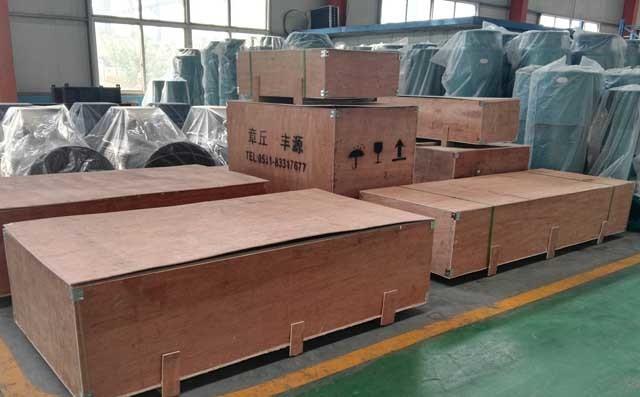 丰源机械三叶罗茨风机准备装车发货